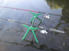Stand for 2 rods the bottom and float (+ video)